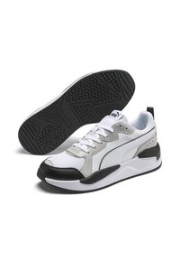 Puma - X-RAY GAME - Sneakers laag - white-gray v-m green-black - 3