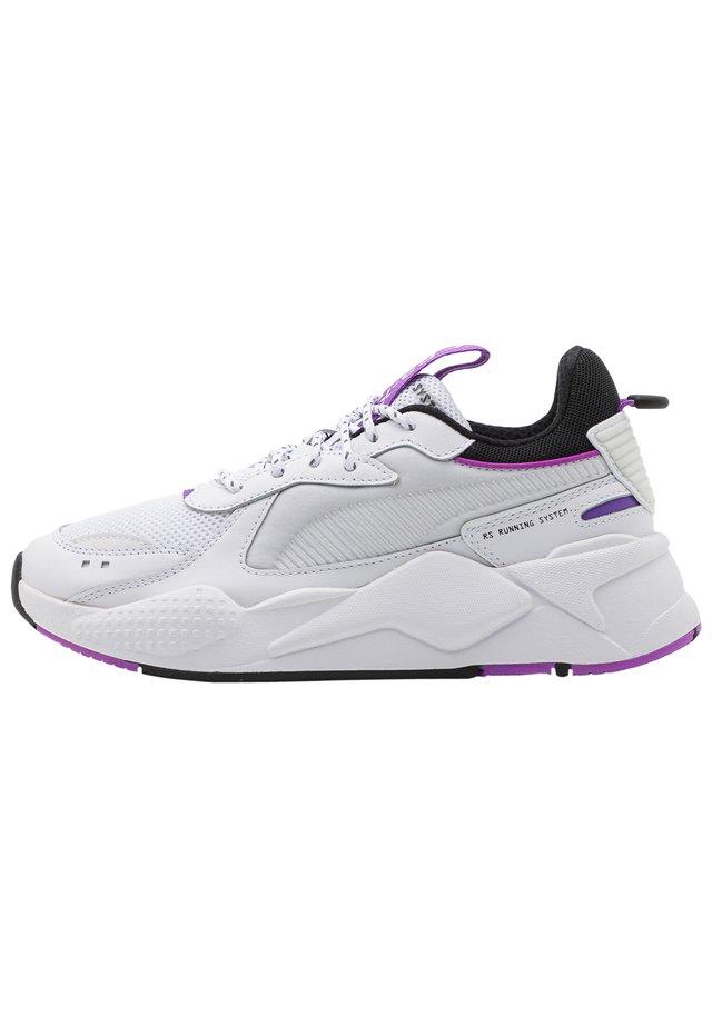 RS-X CORE UNISEX - Trainers - white/purple glimmer