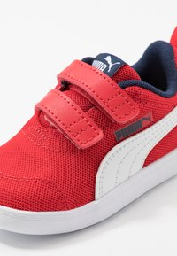 Puma - COURTFLEX - Baskets basses - high risk red/white - 2