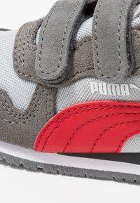 Puma - CABANA RACER - Zapatillas - high rise/castlerock/high risk red - 2