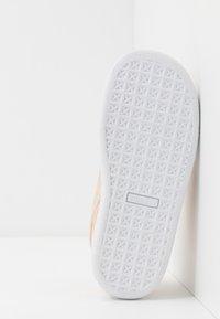 Puma - BASKET - Baskets basses - pink sand/tapioca - 5