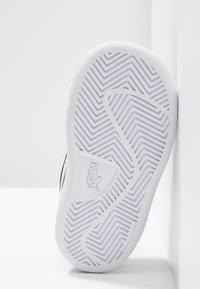 Puma - SMASH - Baskets basses - black/white - 5