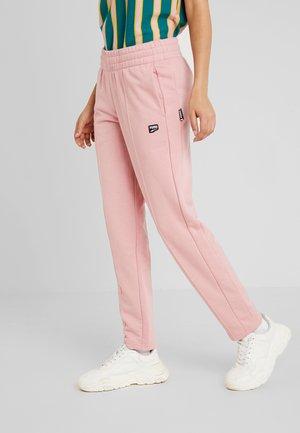 DOWNTOWN PANT - Teplákové kalhoty - bridal rose