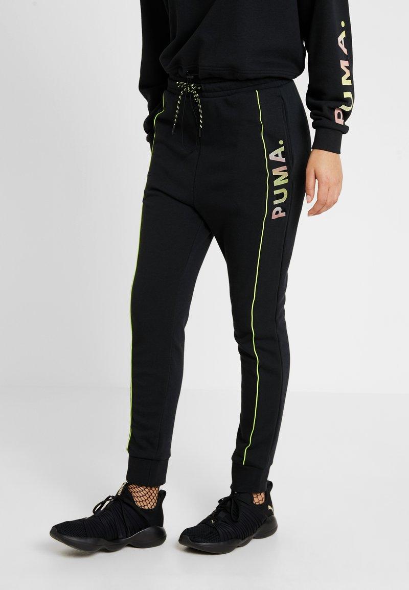 Puma - CHASE PANT - Pantaloni sportivi - black