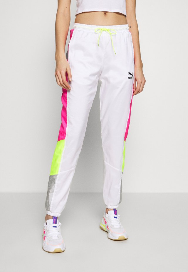 TFS OG RETRO PANTS - Tracksuit bottoms - puma white