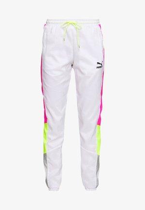 TFS OG RETRO PANTS - Pantalones deportivos - puma white