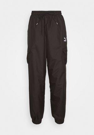 CLASSICS UTILITY PANTS - Spodnie treningowe - black