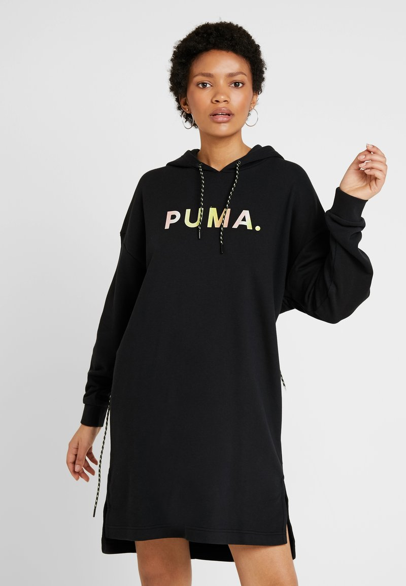 Puma - CHASE HOODED DRESS - Freizeitkleid - puma black