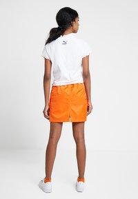 Puma - HIGH NECK TEE - Print T-shirt - white - 2