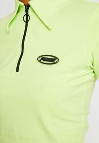 Puma - CONTOUR - T-shirt con stampa - sharp green - 5