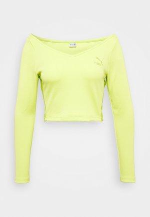 CLASSICS LONGSLEEVE CROPPED - Long sleeved top - green