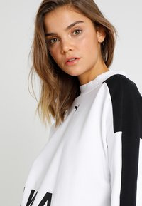 Puma - CHASE CREW - Long sleeved top - white - 3