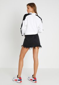Puma - CHASE CREW - Long sleeved top - white - 2