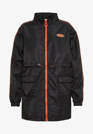 UTILITY COAT - Light jacket - black