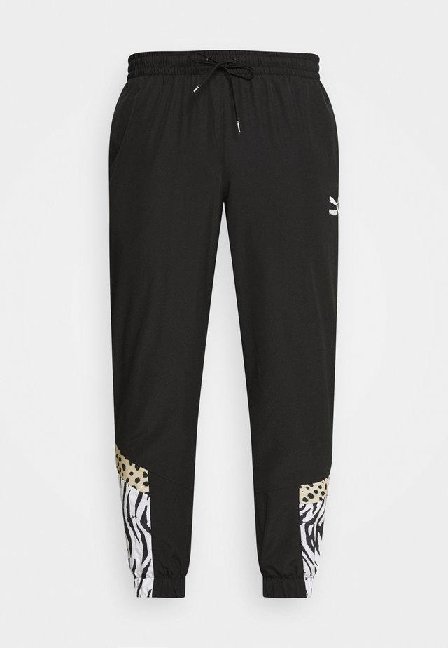 CLASSICS GRAPHICS PANTS - Pantalon de survêtement - black/white