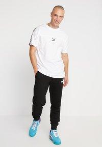 Puma - TEE - Camiseta estampada - white - 1