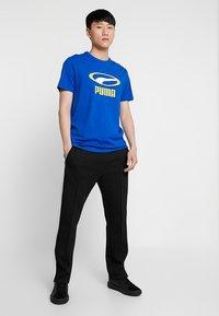 Puma - GRAPHIC TEE - Print T-shirt - surf the web - 1