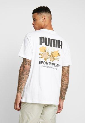 TREND GRAPHIC TEE - T-shirt med print - puma white