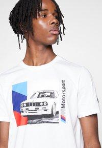 Puma - BMW GRAPHIC TEE - Print T-shirt - puma white - 3