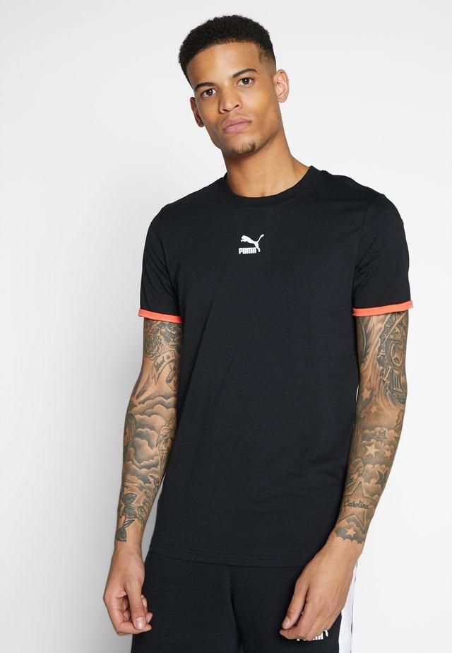 PUMA TEE - T-shirt z nadrukiem -  black