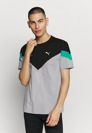 MAPM MCS TEE - Print T-shirt - team silver