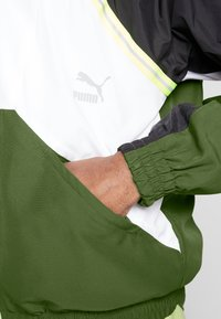 Puma - JACKET - Veste de survêtement - dark olive - 5