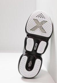 Puma - MODE XT SILVER - Sports shoes - glacier gray/black - 4