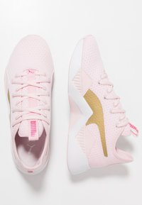 Puma - INCITE SWEET - Obuwie treningowe - barely pink/gold/purple - 1