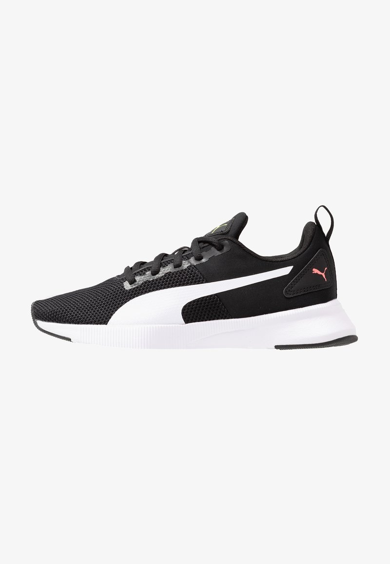 Puma - FLYER RUNNER - Obuwie do biegania treningowe - black/white/pink alert
