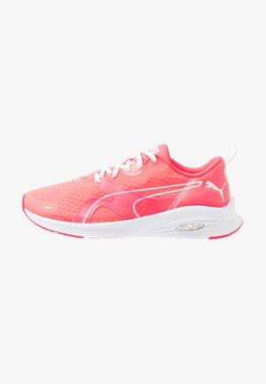 HYBRID FUEGO - Zapatillas de running neutras - pink alert/white