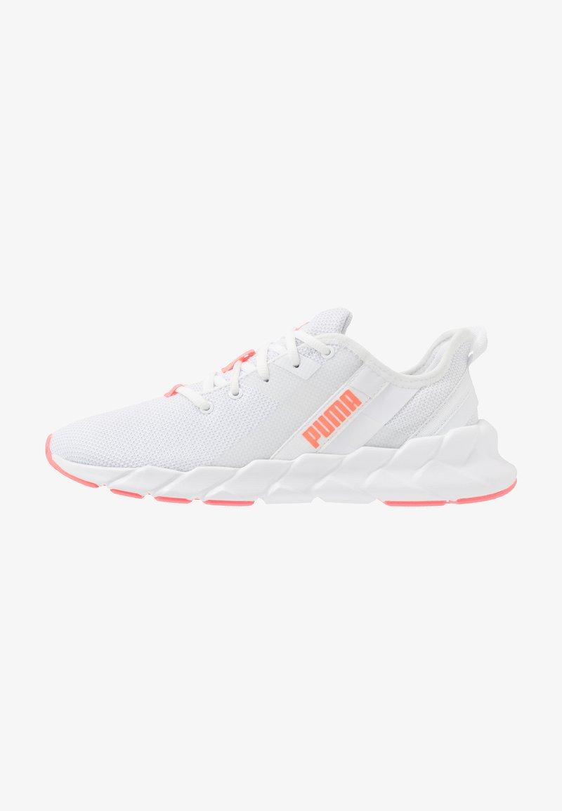 Puma - WEAVE XT - Obuwie do biegania Stabilność - white/ignite pink/fizzy orange