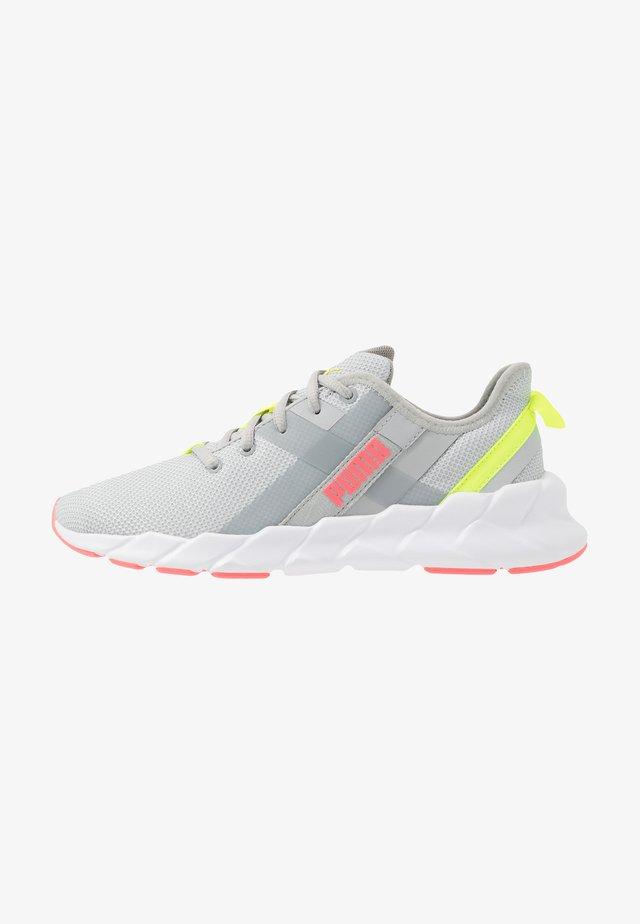 WEAVE XT - Stabilní běžecké boty - high rise/white