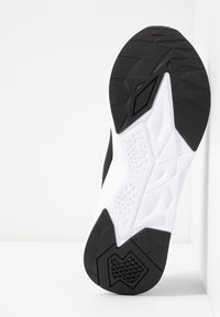 Puma - CELL PLASMIC - Treningssko - black/white - 4