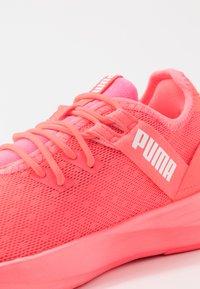 Puma - RADIATE XT PATTERN WN'S - Sports shoes - ignite pink/white - 5