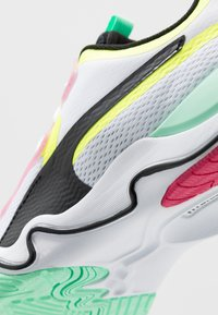 Puma - ZONE XT - Sports shoes - white/black/yellow alert - 5