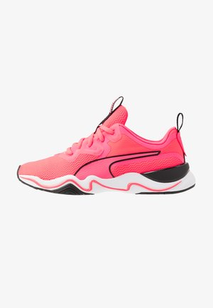 ZONE XT - Zapatillas de entrenamiento - ignite pink/white