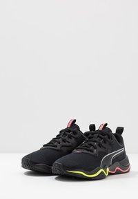 Puma - ZONE XT - Sports shoes - black/ignite pink/silver - 2