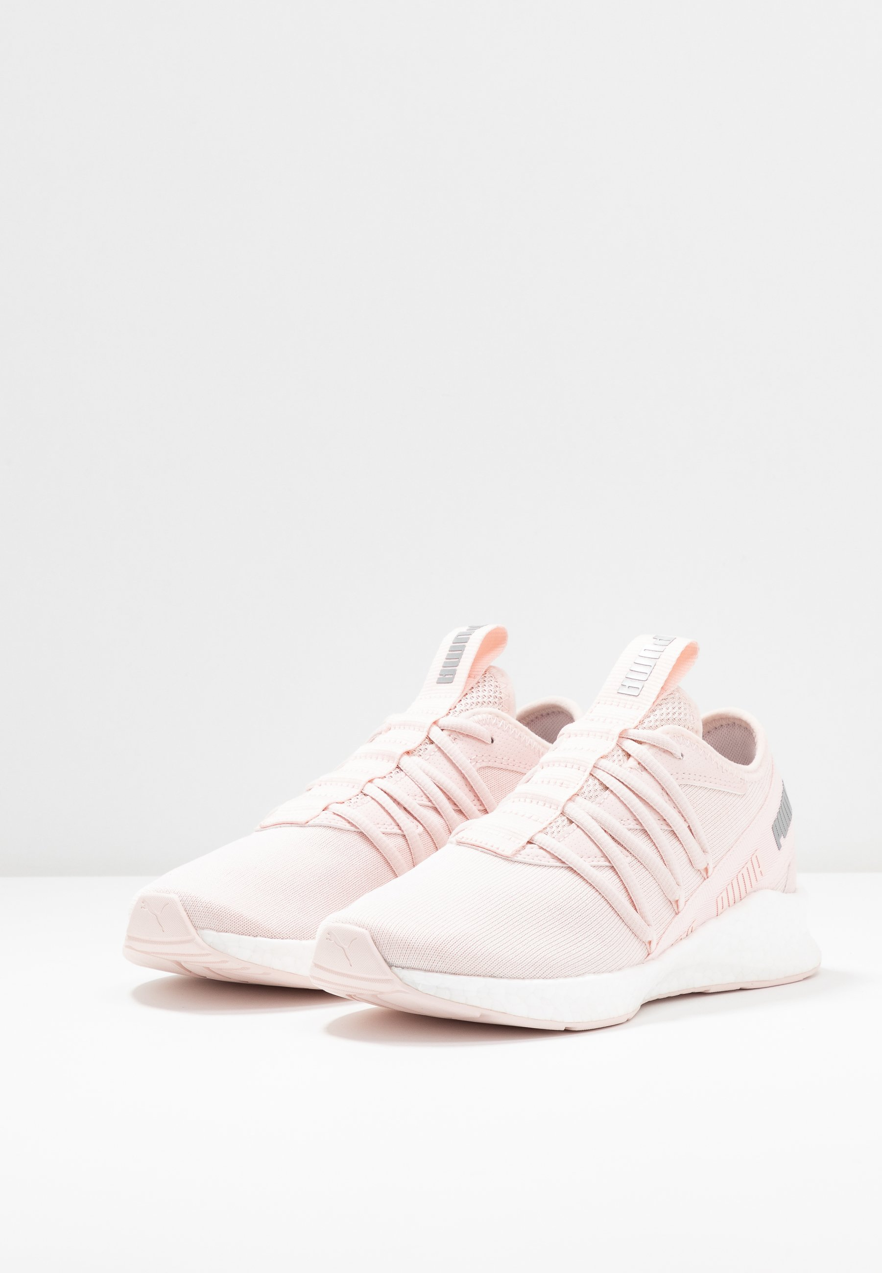 NRGY STAR - Neutral running shoes - rosewater/silver