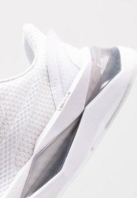 Puma - LQDCELL SHATTER XT  - Sneakersy niskie - white - 5
