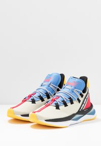 Puma - LQDCELL SHATTER TR - Sports shoes - overcast/bright rose - 2