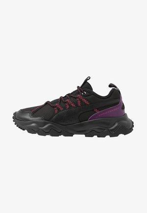 EMBER TRL - Obuwie do biegania Szlak - black/purple/nrgy rose