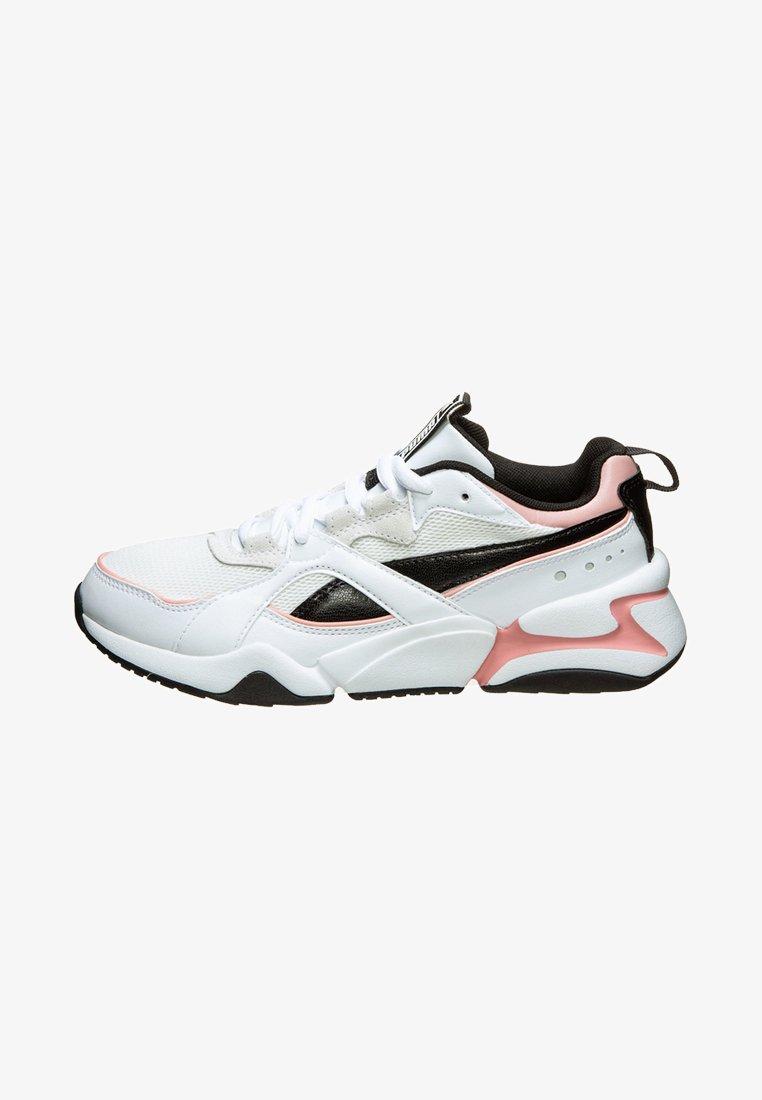 Puma - NOVA - Sportieve wandelschoenen - white
