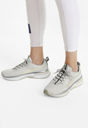 SELENA GOMEZ  - Trainings-/Fitnessschuh - whisper white