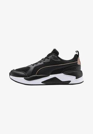 X-RAY  - Chaussures d'entraînement et de fitness - black/rose gold/white