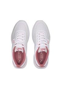 Puma - PUMA CILIA MODE MESH WOMEN'S TRAINERS FEMALE - Sports shoes - white-bubblegum - 0