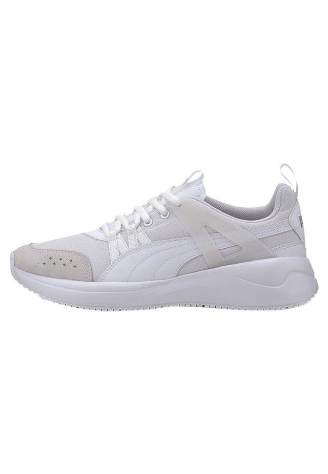 NUAGE RUN CAGE - Sneaker low - white