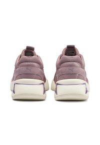 Puma - Sneaker low - elderberry-elderberry - 5