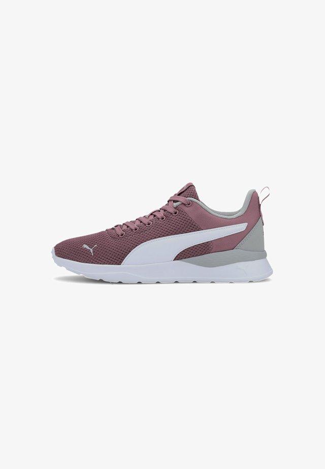 ANZARUN LITE TRAINERS FEMMES - Sneaker low - foxglove-white-gray violet