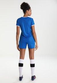 Puma - LIGA - T-shirt med print - electric blue lemonade/white - 2