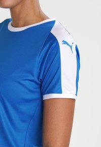 Puma - LIGA - T-shirt med print - electric blue lemonade/white - 3